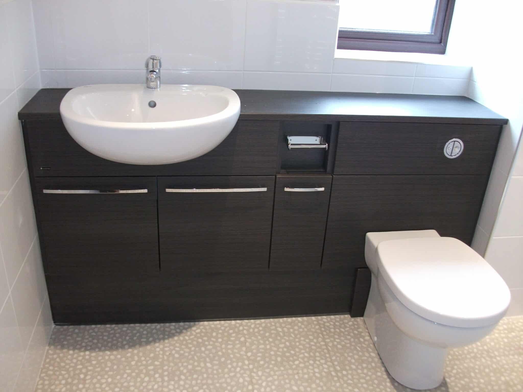 Utopia fitted furniture bathroom, Bedford 1