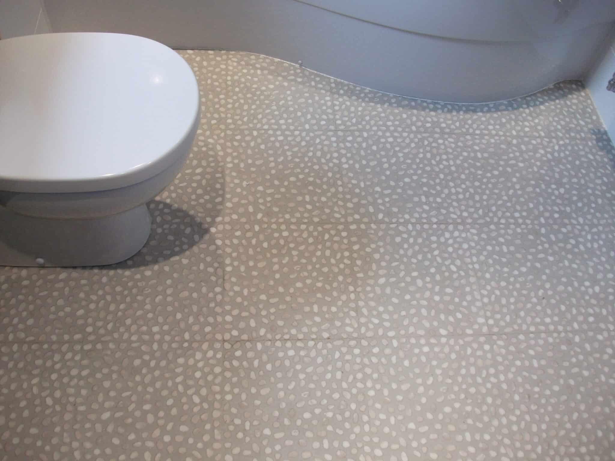 Utopia fitted furniture bathroom, Bedford 3